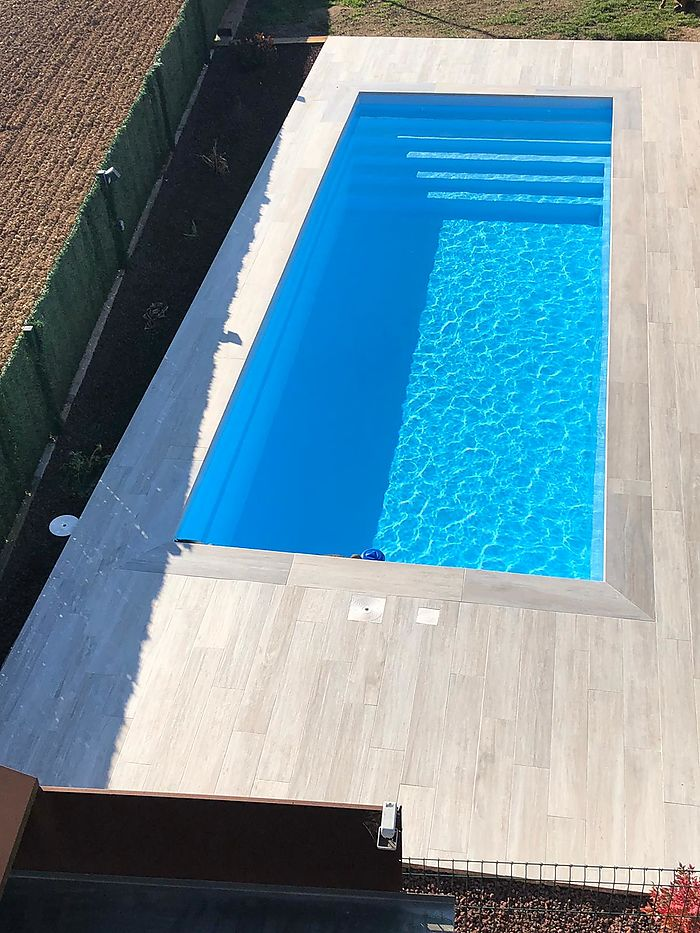 Piscine rectangulaire P702